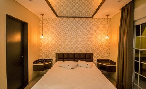 img-suite-belle-iluminacao-belle-motel