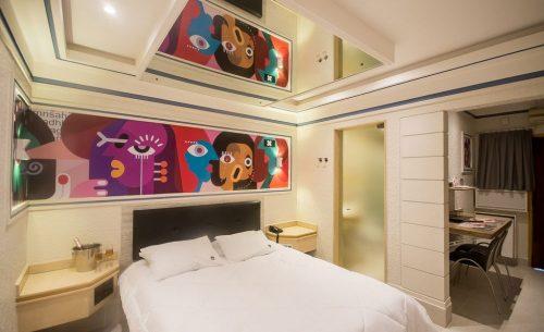 img-suite-luxo-espelho-belle-motel