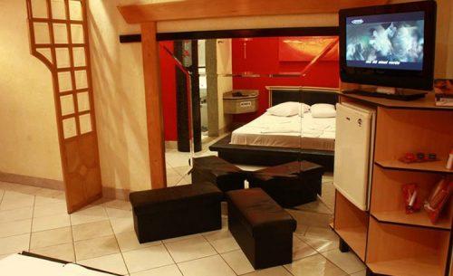 img-suite-oriental-tv-belle-motel