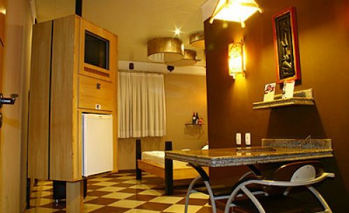 img-suite-super-luxo-mesa-belle-motel