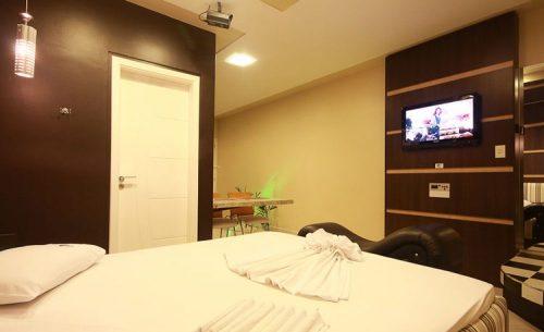 img-suite-super-luxo-tv-belle-motel